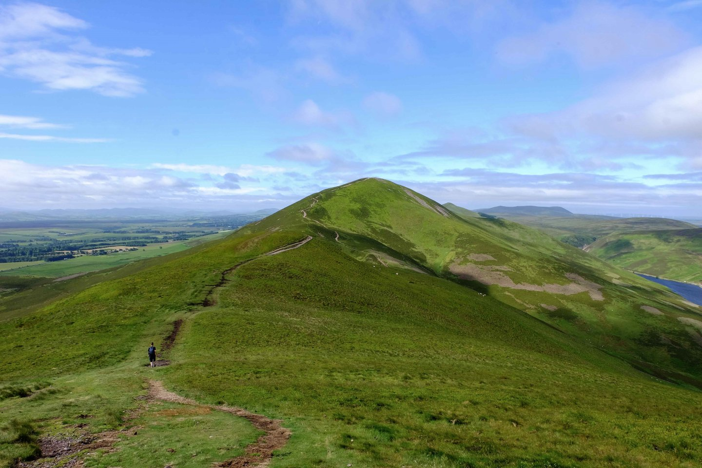 Bagging Five Peaks in the Pentland Hills