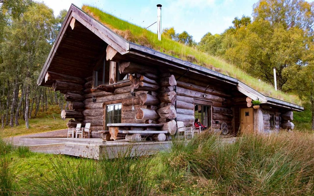 Eagle Brae log cabins in Scotland