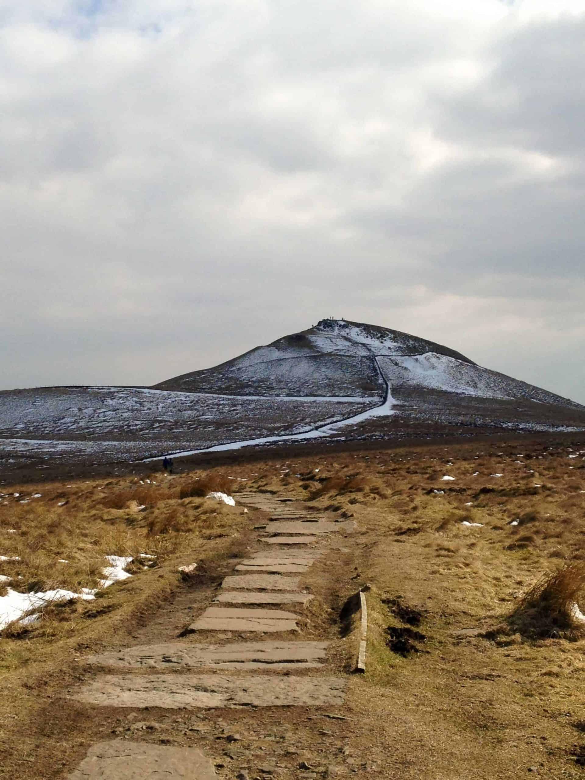 Peak District walks East Cheshire Shutlingsloe