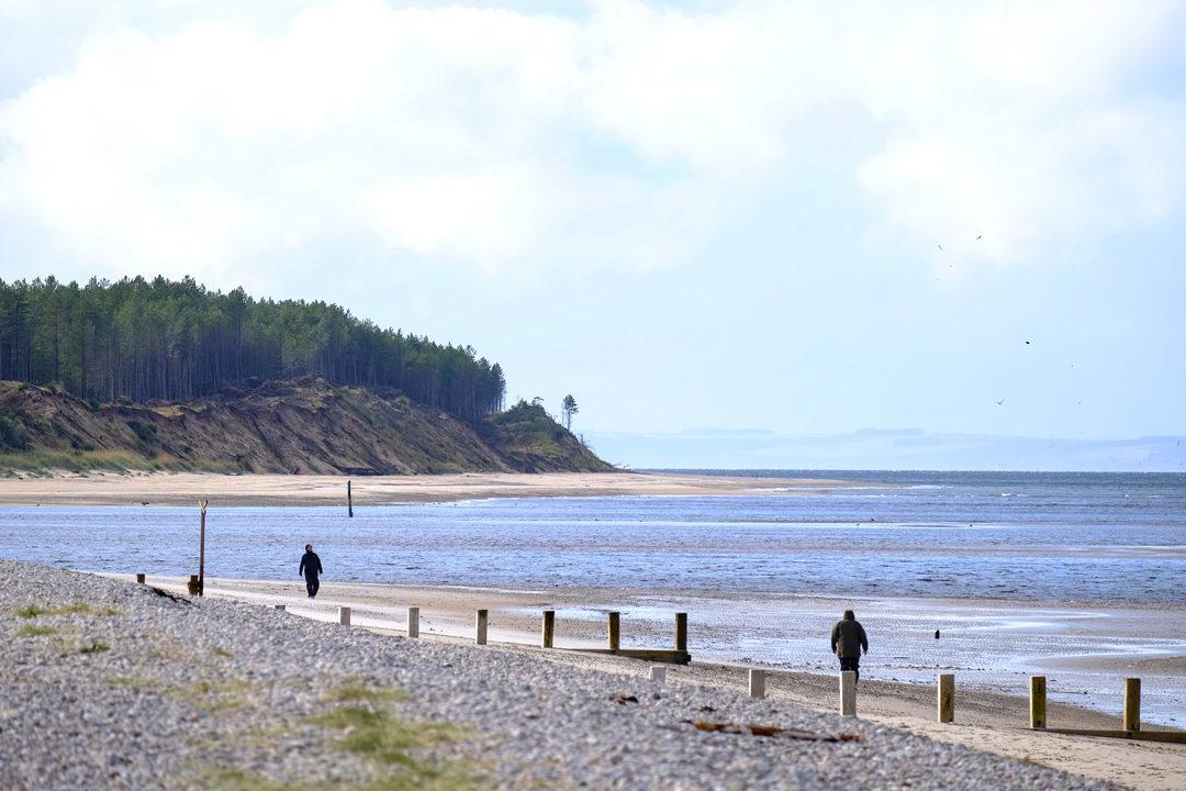 Findhorn-Beach-2