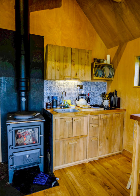 kitchen at the birdwatchers cabin