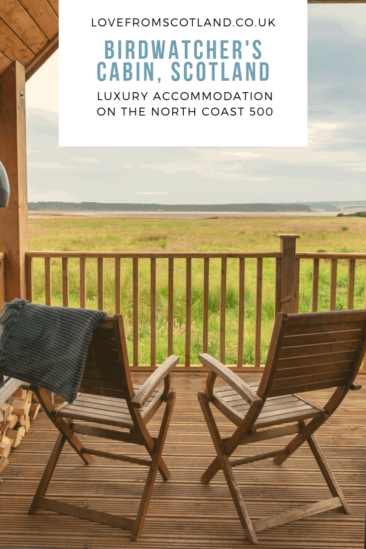 Stay at the Birdwatcher's Cabin on Loch Fleet near Golspie for a gorgeous accommodation on the North Coast 500 Scotland.