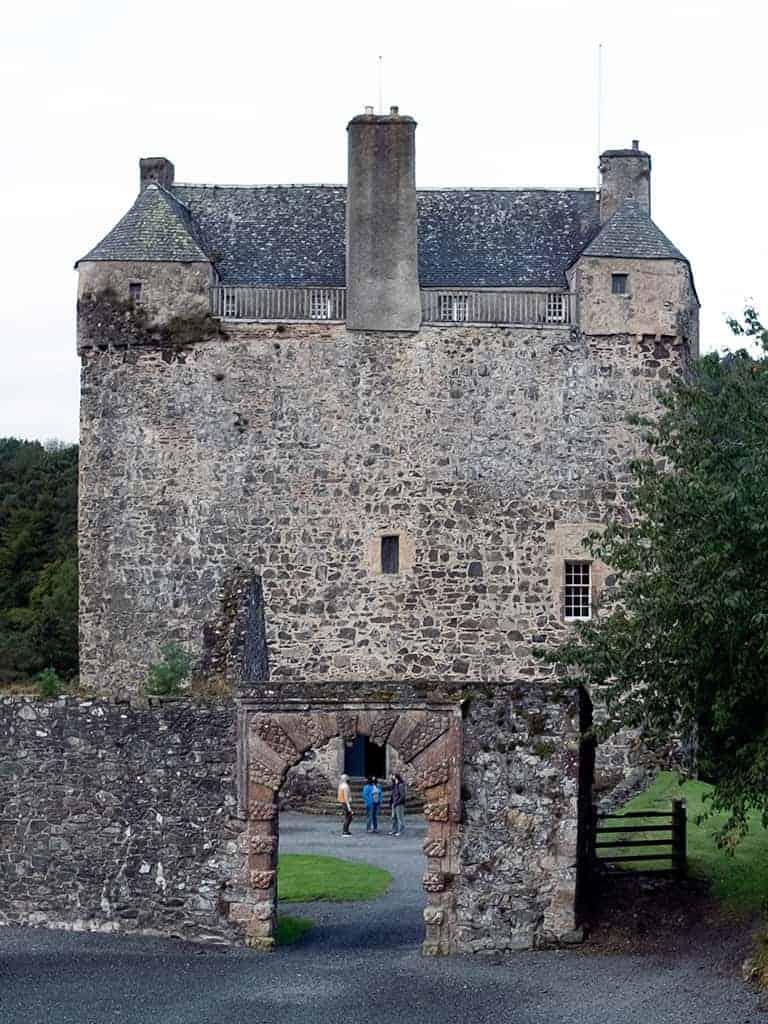 Stay in a castle in Scotland - Neidpath Castle