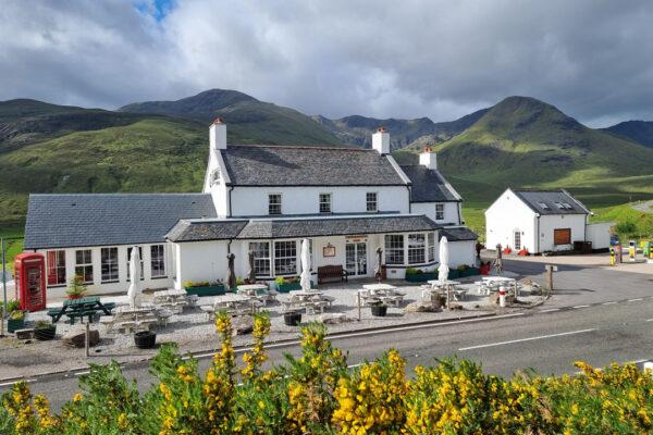 Glen Shiel Cluanie Inn